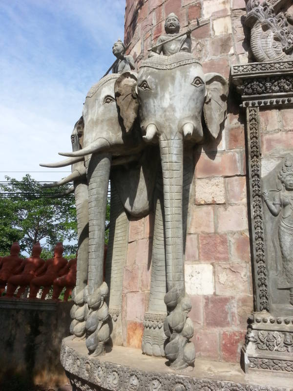 1-Temple-Gate-elephant-head