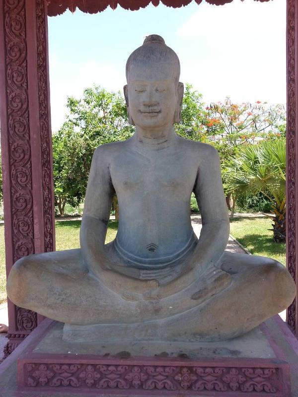 16-Male-Buddha