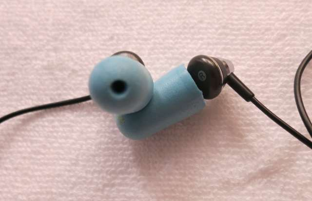 noise-isolating-earbuds-for-sleeping