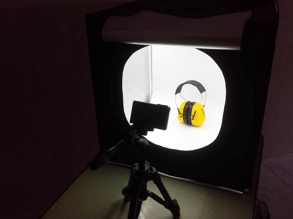 Photo light box camera setup